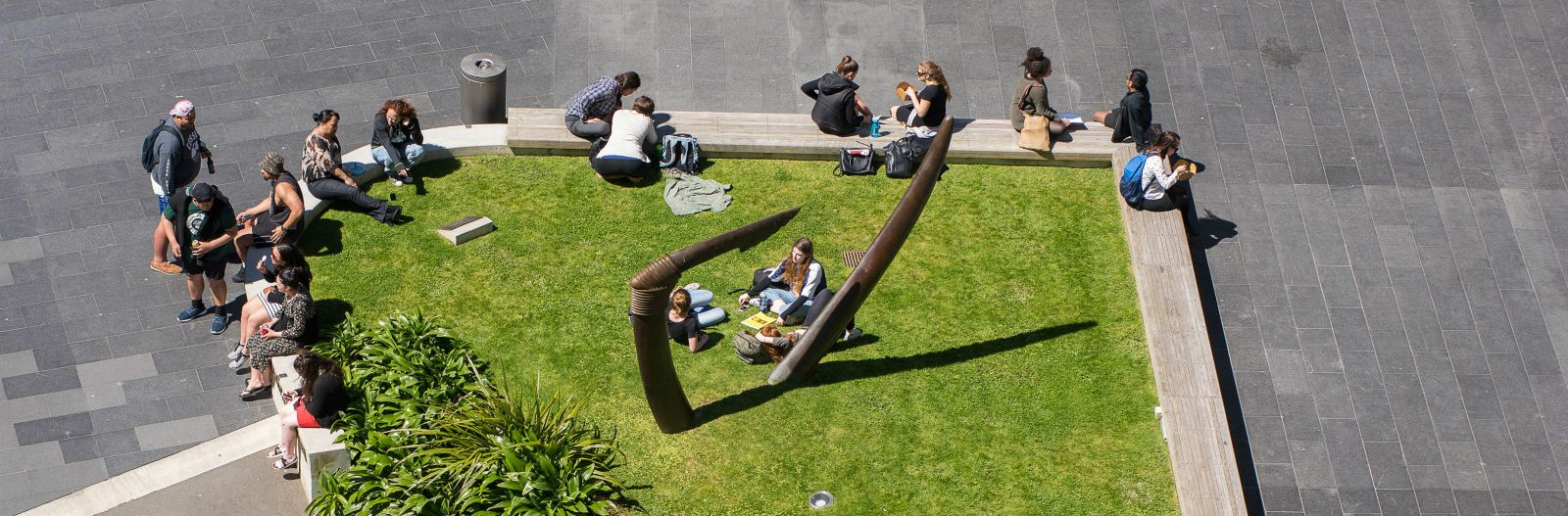 Students in Tim Beaglehole courtyard at Victoria University