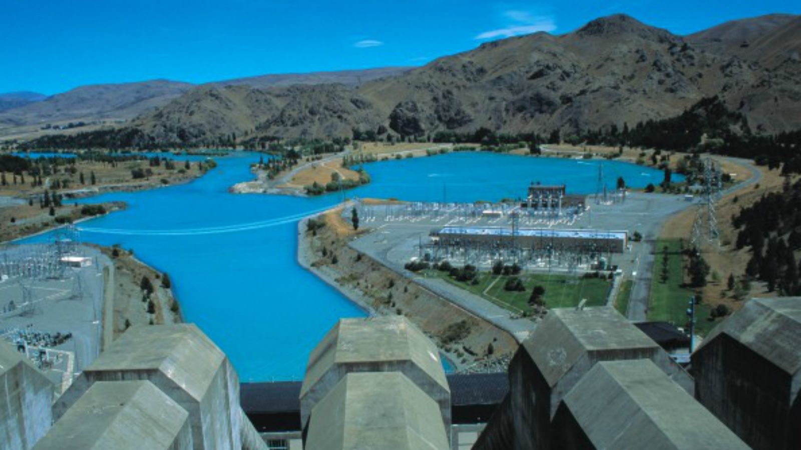 image of Waitaki dam