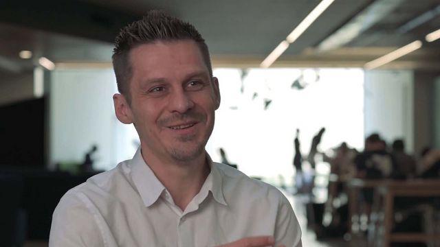 Associate Professor Markus Luczak-Roesch