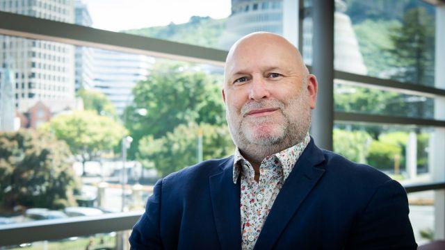 Associate Professor Jonathan Barrett