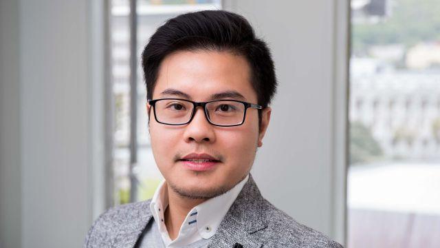 Dr Justin Nguyen