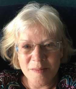 Marion Crawshaw profile-picture photograph
