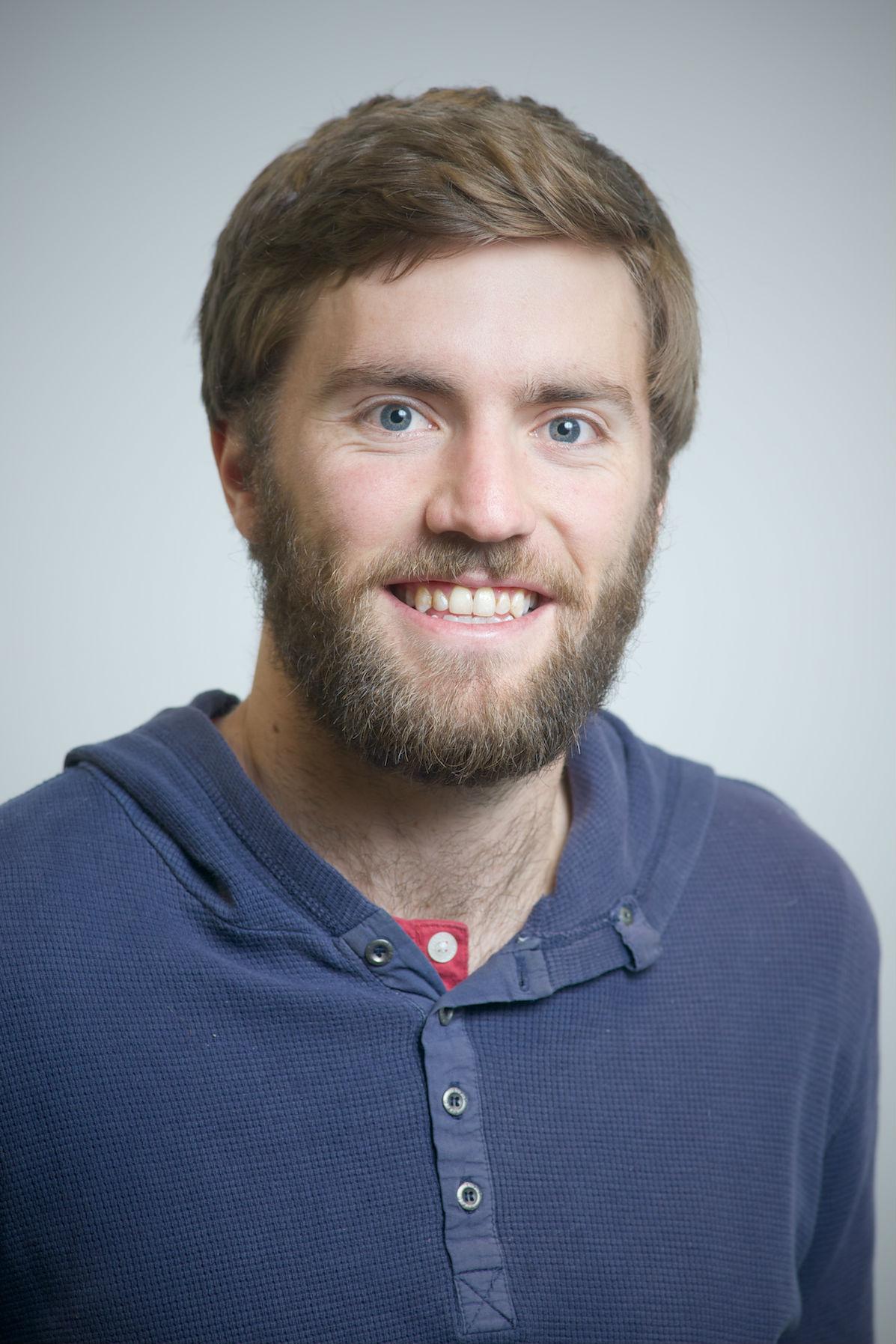 Simon Davies profile-picture photograph