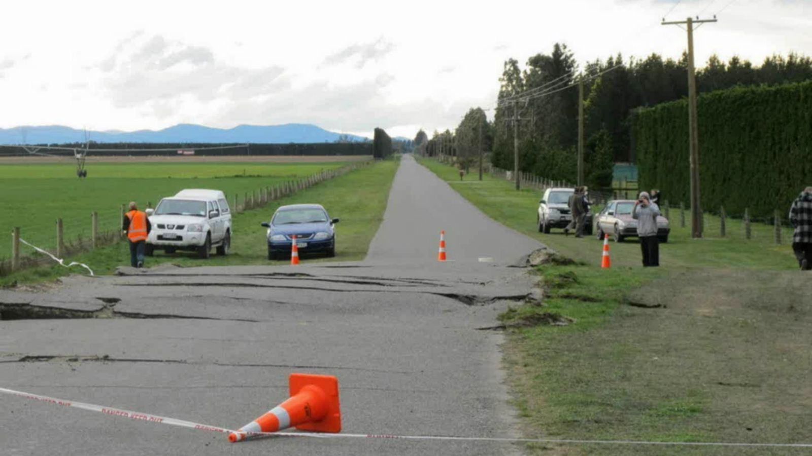 Darfield earthquake – a road shifted due to the quake.