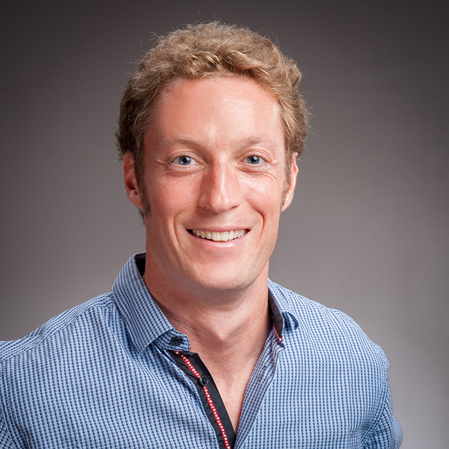 Dr Justin Richards profile-picture photograph