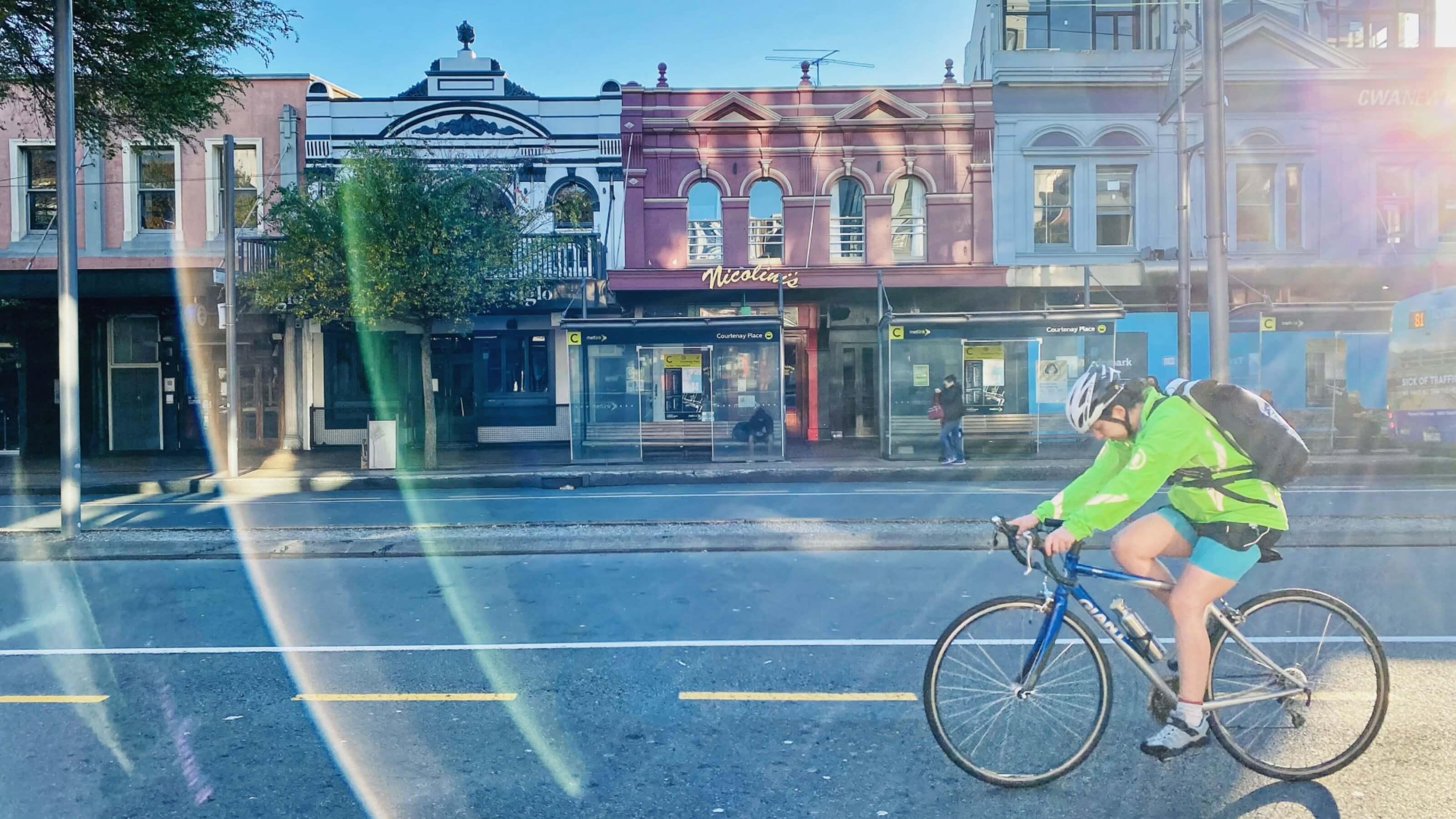 Shirley Wang (40) - city commuting by bike