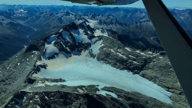 Brewster Glacier. Image by Dr. Lauren Vargo.