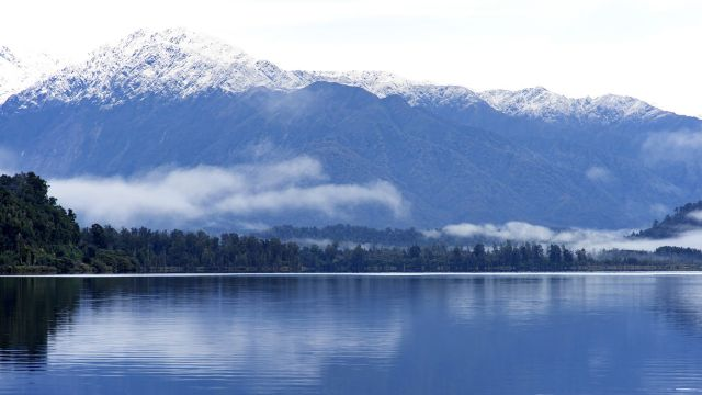 Lake Mapourika is one of the lakes from which researchers recorded sediment evidence of previous earthquakes.