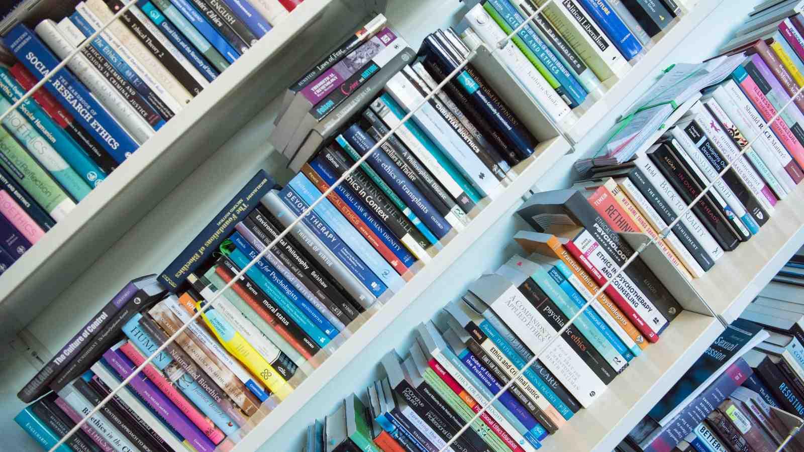 theoretical psychology books on a shelf