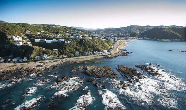 An aerial photo of Island Bay including the University's Coastal Ecology Lab