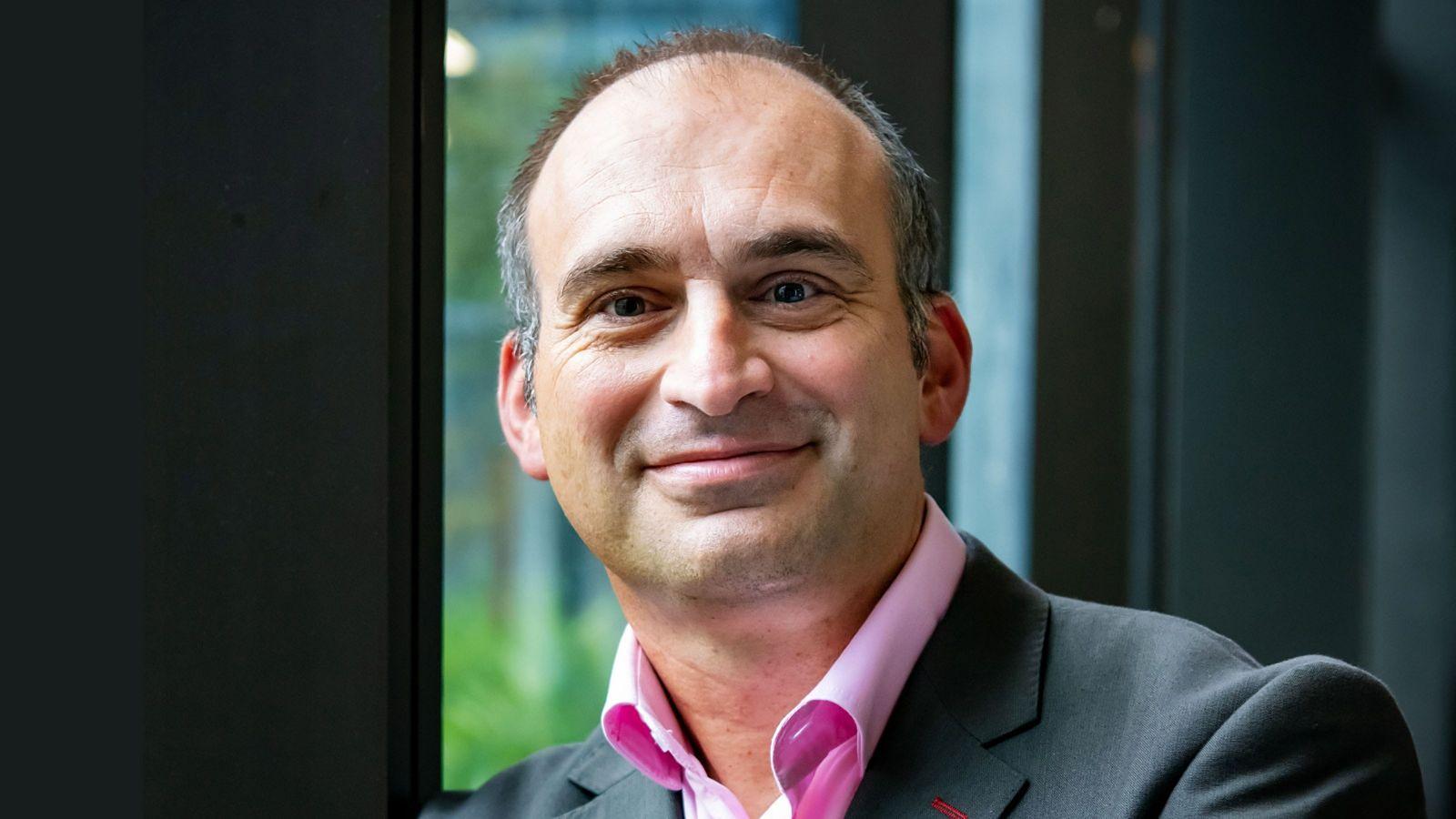 Dr Franck Natali