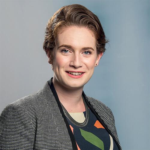 Joanna McDavitt, Victoria Alumni