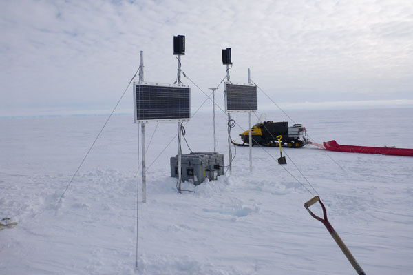 A winter-over continuous GPS installation on Whillians Ice Stream c. Matthew Seigfried 2011-2012