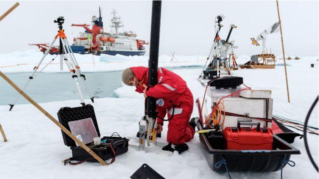 Dr Ruzica Dadic on the ice. Image: Mario Hoppmann