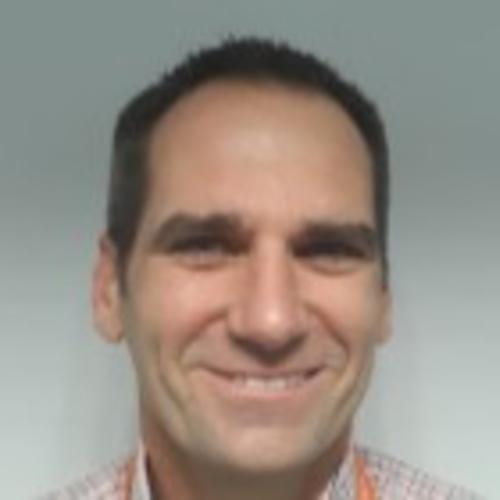Scott Ussher profile-picture photograph