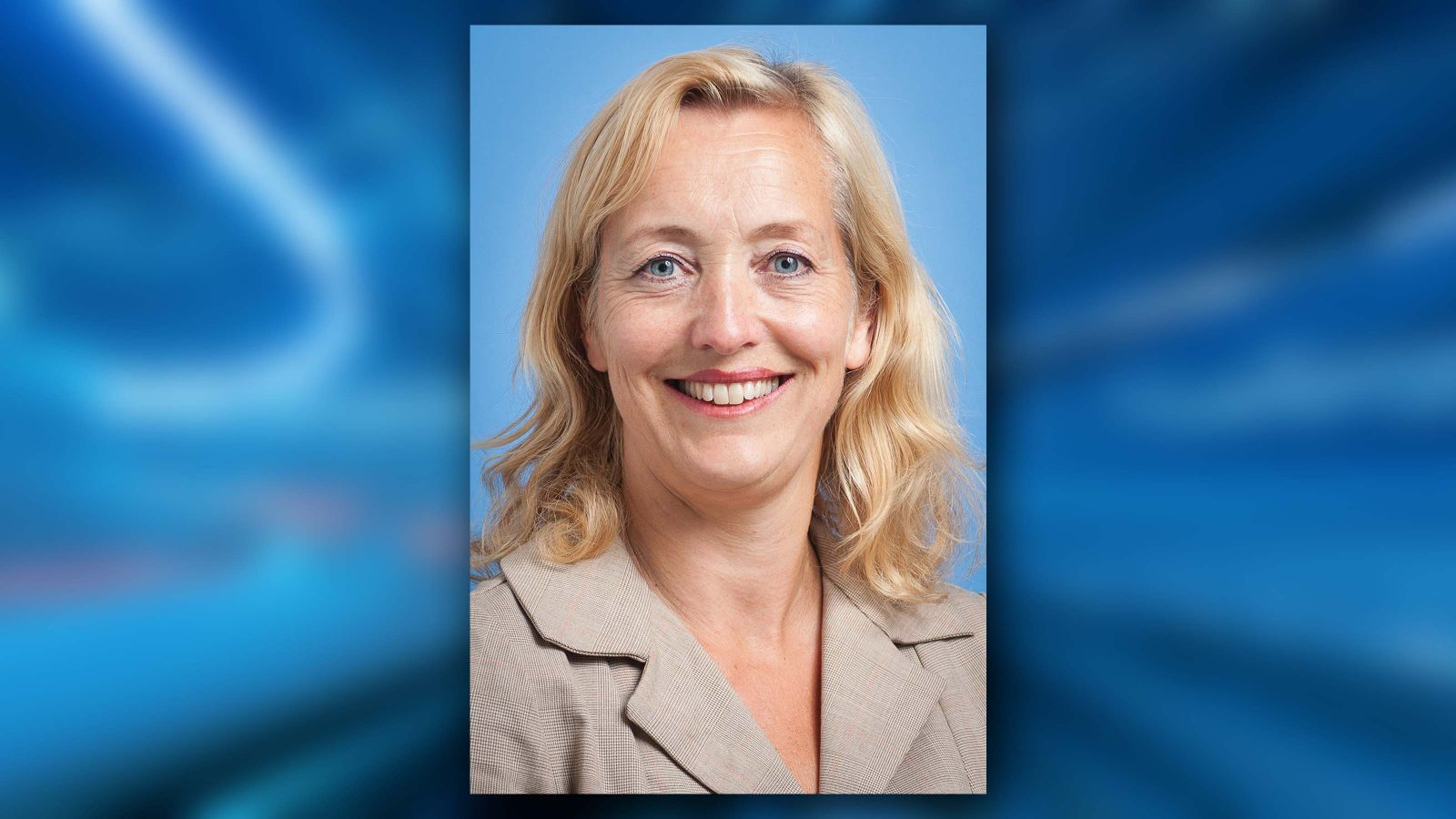 A profile image of Professor Miriam Lips.