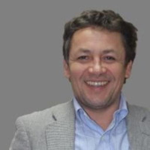 Dr Ricardo Chacón profile-picture photograph