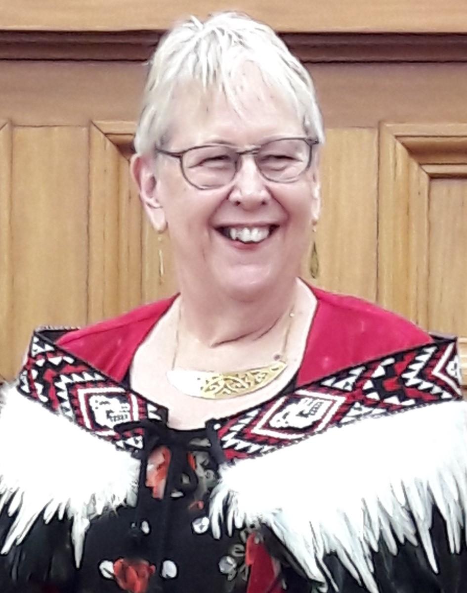 Janice Shramka profile-picture photograph