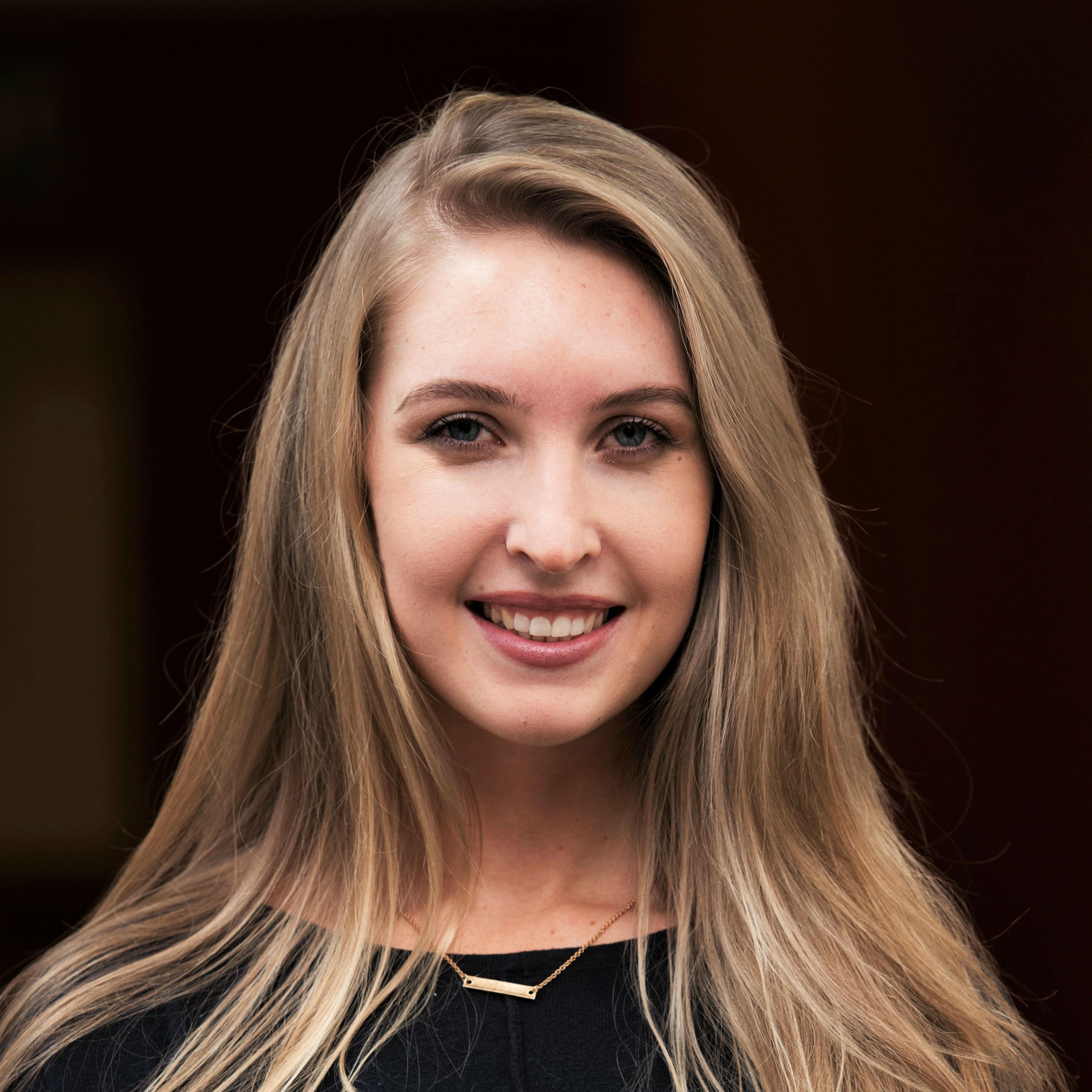 Abby Sharrock profile-picture photograph