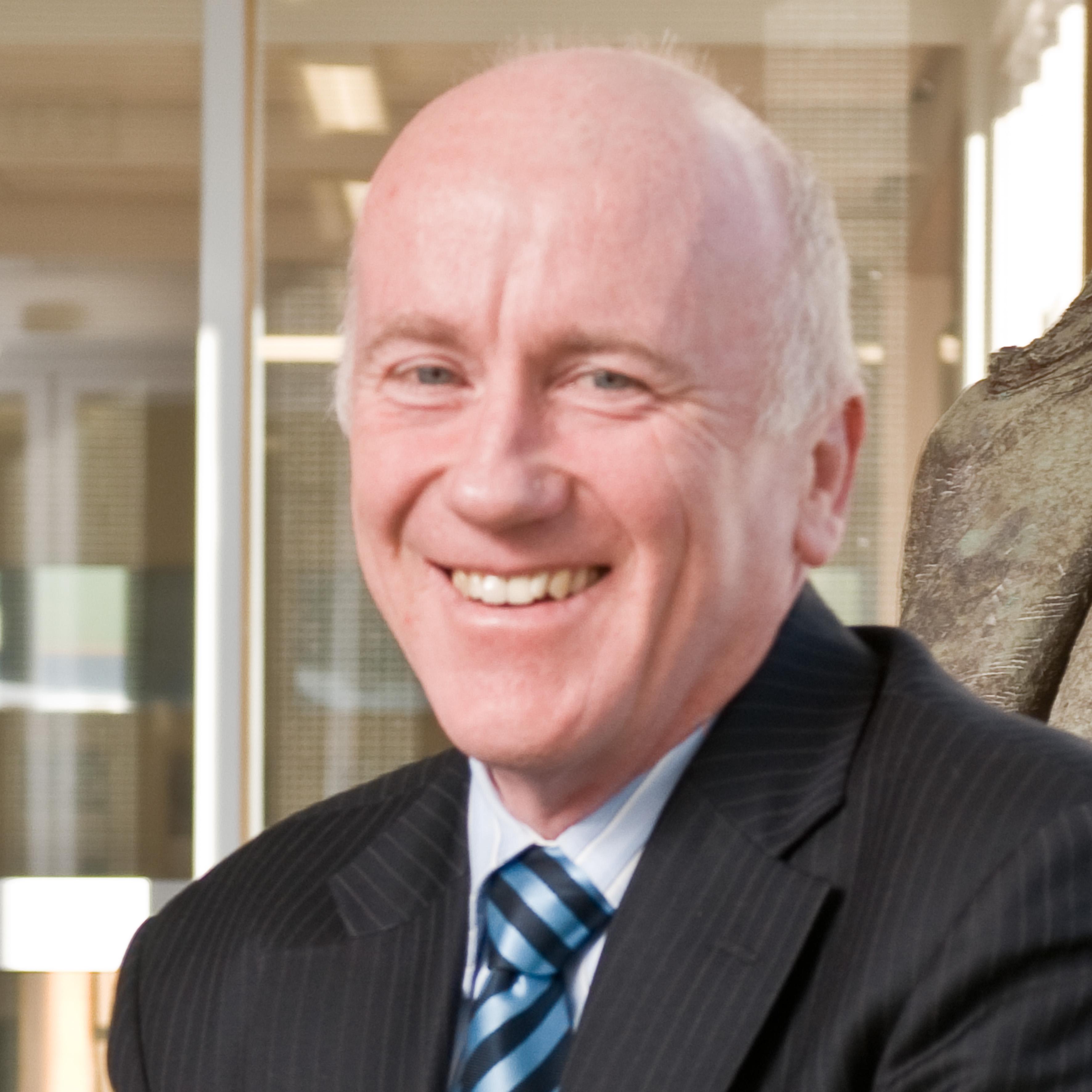 Dugald Scott profile-picture photograph
