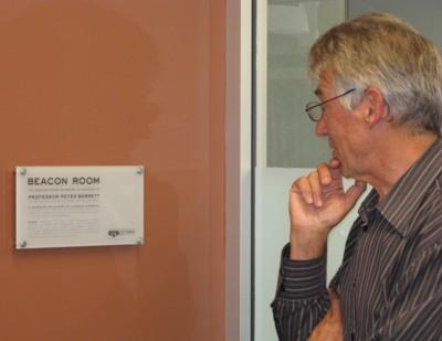 Prof Peter Barrett unveiling the Beacon Room plaque