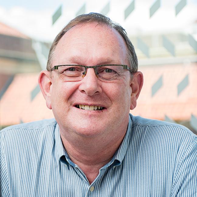 Dr Allan Sylvester profile-picture photograph