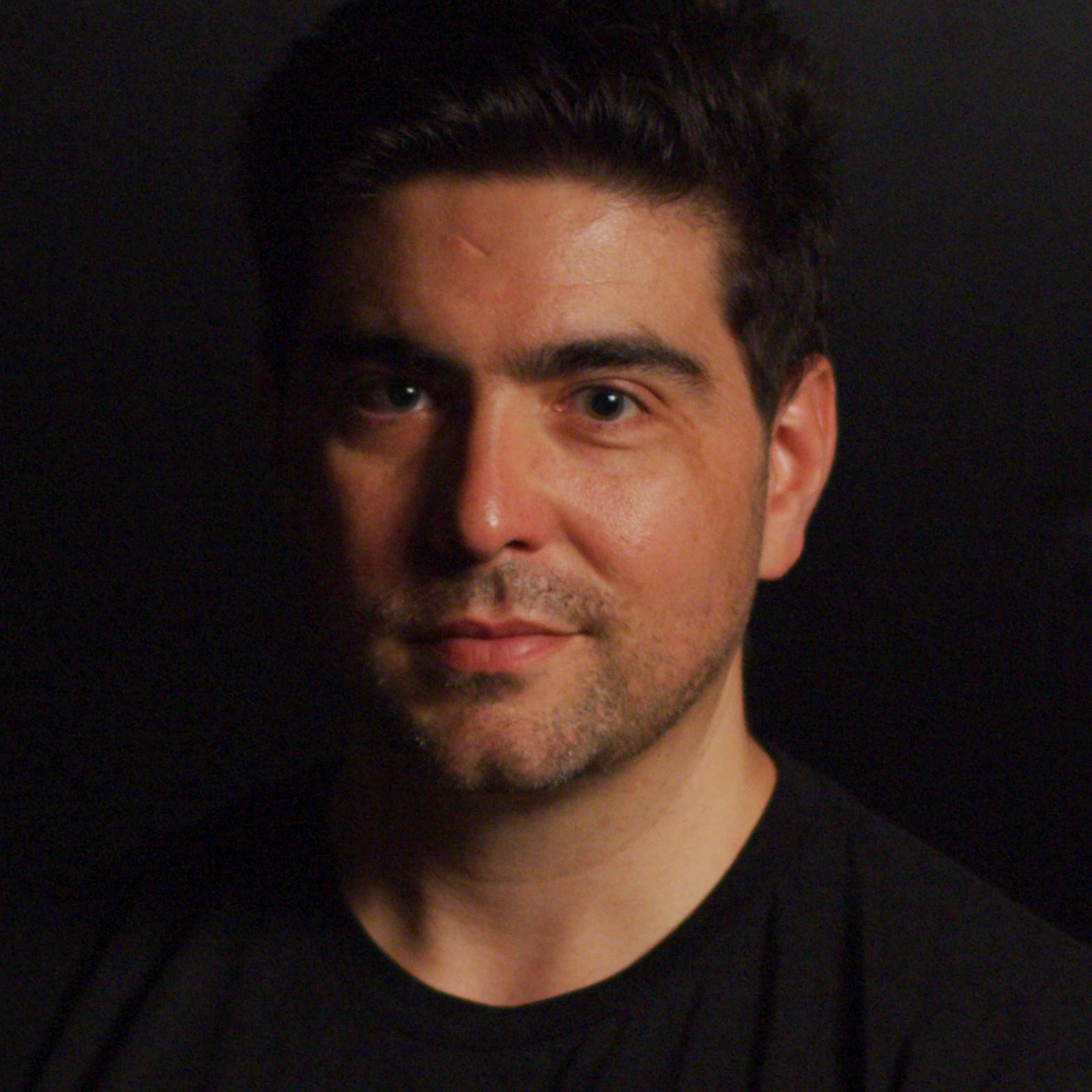 Areito Echevarria profile picture photograph