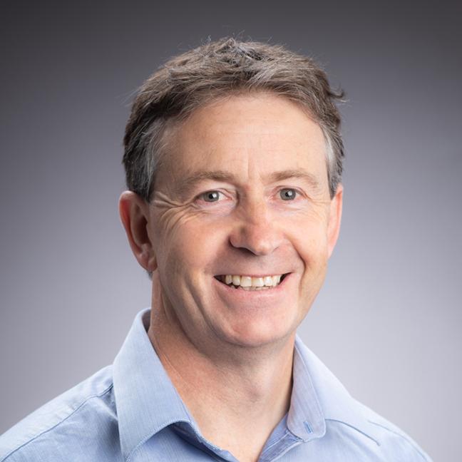 Bruce Parrott profile-picture photograph