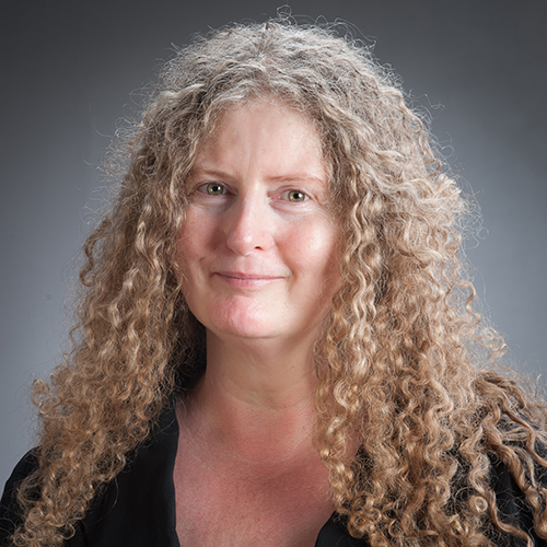 Carol Harrington profile picture photograph