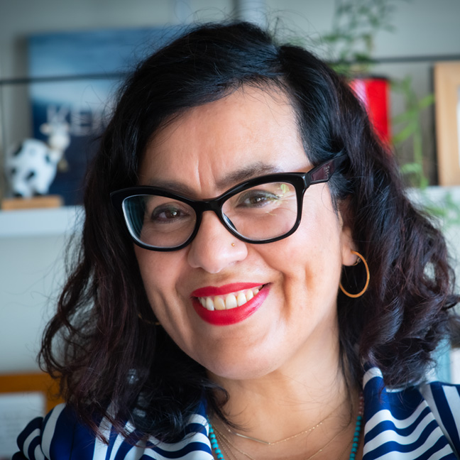 Carolina Miranda profile picture photograph