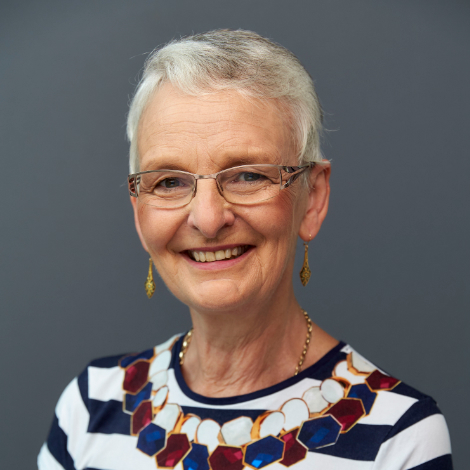AProf Carolyn Cordery profile-picture photograph