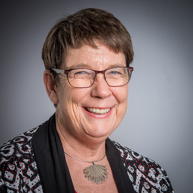 Dr Carolyn Tait profile-picture photograph
