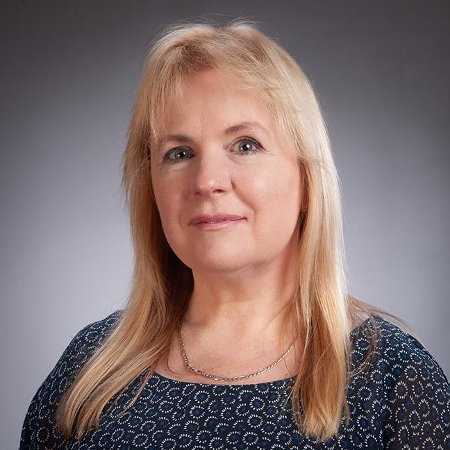 Dr Carolyn Wilshire