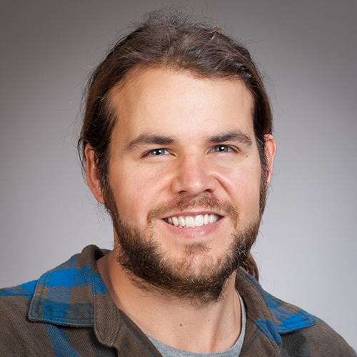 Dan Crossett profile-picture photograph