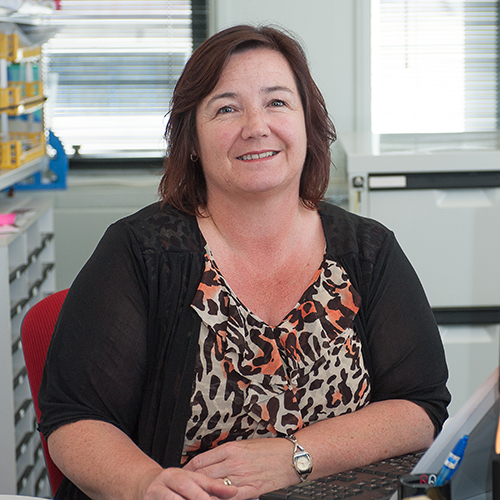Debbie Turner profile-picture photograph