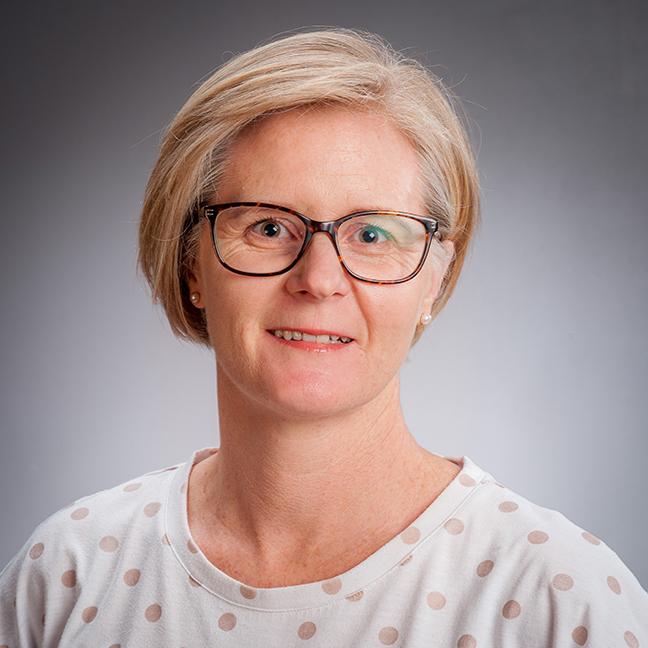 Dr Deborah Maxwell profile-picture photograph