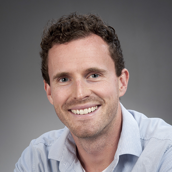 Dez Tessler profile-picture photograph