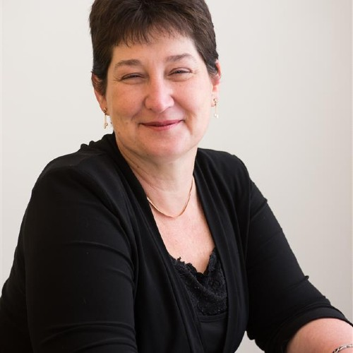 Dr Diane Ormsby profile-picture photograph