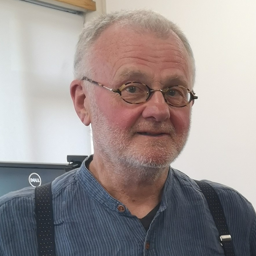 Duncan Campbell profile-picture photograph