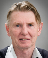 Eric Yates profile-picture photograph