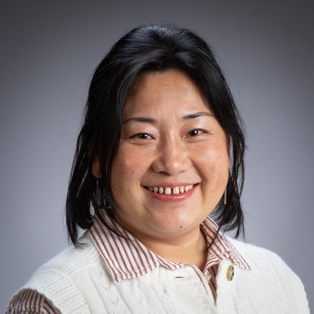 Eva Jiang profile picture photograph