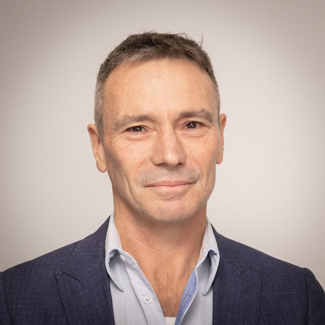 Prof Gavin Painter profile-picture photograph