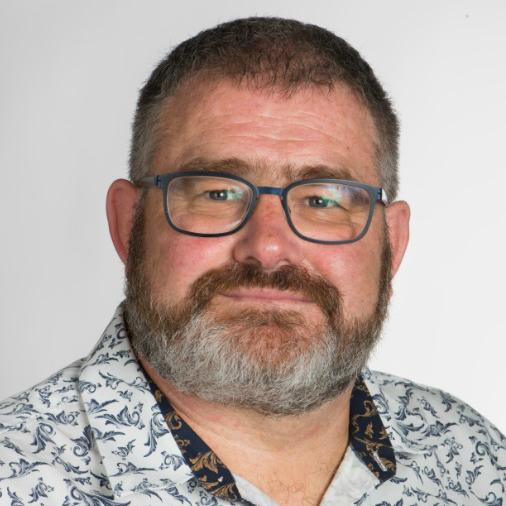Dr Geoff Thomas