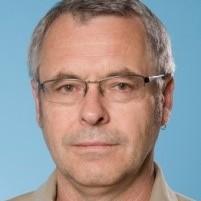 Graeme Crawley profile picture photograph