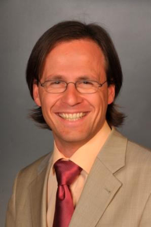 Dr Guy Dubuis profile-picture photograph