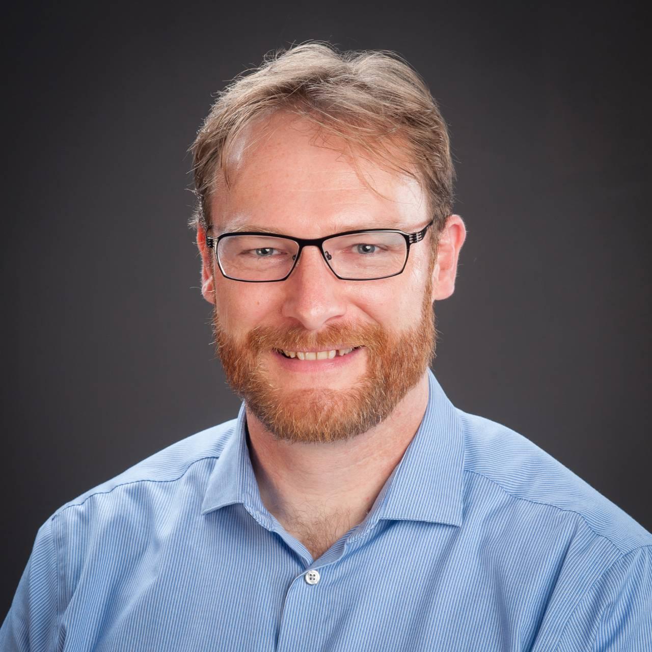 Dr Hamish Cameron profile-picture photograph