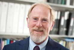 Prof Ian Eggleton profile-picture photograph