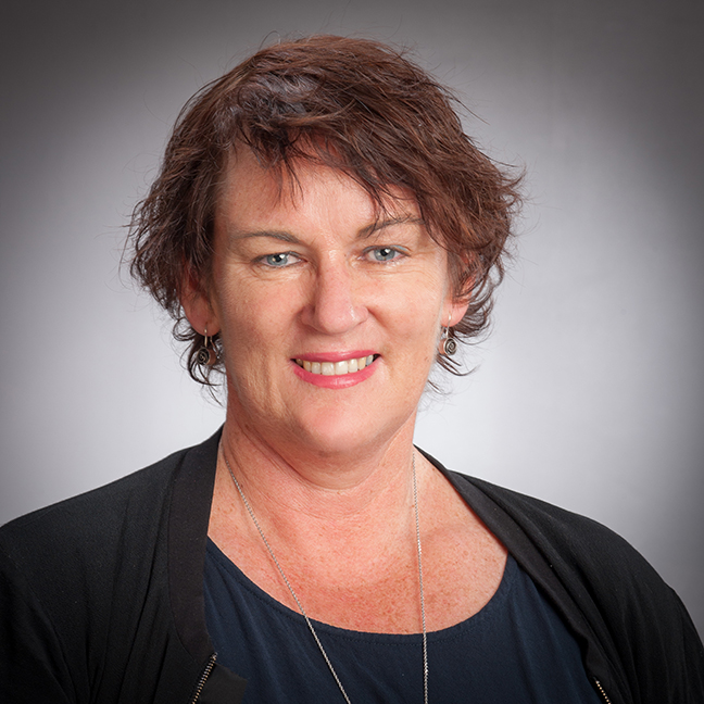 Jacqui McIntosh profile picture photograph