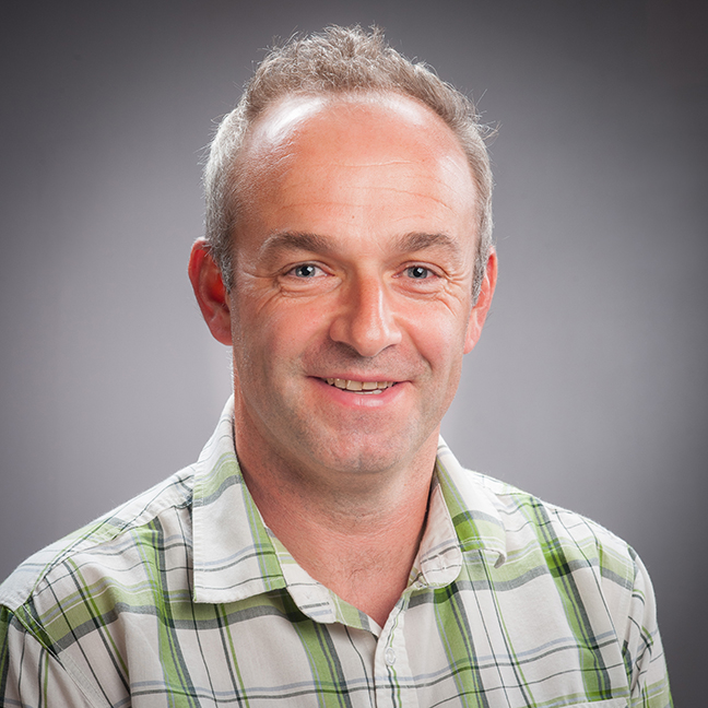 Prof James Bell profile-picture photograph