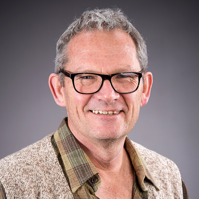 Prof James Renwick profile-picture photograph